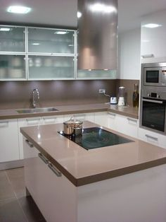 1000 images about casa interior on pinterest mesas for Precio del silestone para cocinas