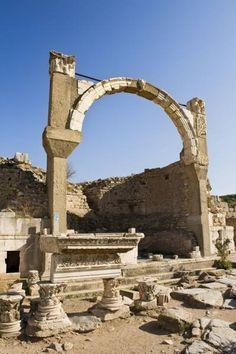 Ancient Roman arch - Ephesus - Turkey