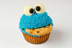 Elmo-Muppet-Cupcake