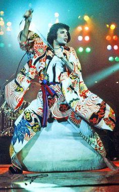 Freddie Mercury 1970s. Photo by Michael Ochs