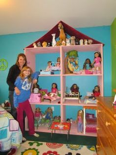 Karen mom of three's craft blog: Want a Doll house for your doll? Take a look at what Skylar and her Mom made!