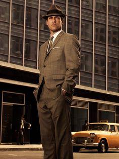 """""""Las personas nos dicen quiénes son, pero lo ignoramos porque queremos que sean lo que nosotros queremos que sean"""". Don Draper."""