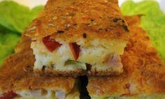 Posna španska pita - Potrebno je: 200 g posnog biljnog sira, 1 šoljica ulja, 1 šoljica brašna, 1 šoljica kukuruznog brašna, 1 prašak za pecivo, 100 g crvene paprike, 100 g zelenih maslina, 1 šoljica kisele vode, soli po ukusu. Priprema: http://www.posnajela.rs/2015/03/posna-spanska-pita/