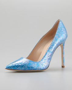 Manolo Blahnik - BB Snakeskin Pump, Blue
