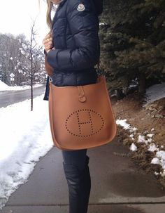 Hermes Evelyne in this size and color.welcome to take a look on our showroom.  Www.ShEmAlL.neT