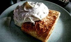 Today's PWO boost. Apfelstrudel with vanilla whip!  #food #dessert #apfelstrudel #pwo