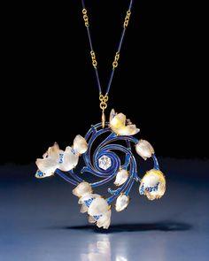 Art Nouveau gold, enamel, glass and diamond wood anemone pendant/brooch by René Lalique. Exhibited by Epoque Fine Jewels.