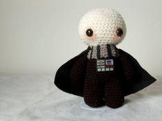 Amigurumi Snake Pattern Free : Darth Vader pattern! Craft ideas Pinterest Amigurumi ...