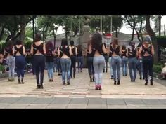 Lucero y Kizomba Woman en el International Kizomba Flashmob Mexico (Lady Style) - YouTube