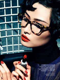 Magazine: Vogue China, Jan 2015 | Editorial: The Best Friend | Models: Wang Xiao & Ava Smith | Stylist: Valentina Ilardi Martin | Hair: Andre Gunn | Manicure: Tracylee: Makeup: Hung Vanngo | Agency: Wilhelmina
