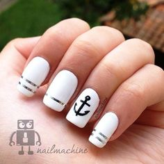 ⚓Silver and White Anchor Nails⚓