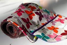 Burp cloth + Bib Tutorial #baby #DIY #gifts