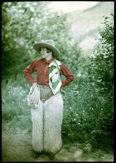 autochrome-1910-mrs-benjamin-f-russell-cowgirl