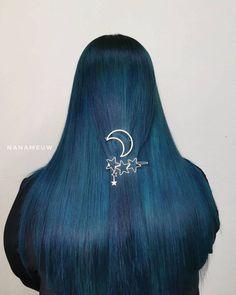 Magical midnight locks from @nanameuw 🌌 Use Magic Shadow + Cyan Sky to create this multi-dimensional blue #lunartides #tealhair Teal Hair Dye, Dark Teal Hair, Dyed Hair, Aurora Sleeping Beauty, Disney Princess, Locks, Blue, Magic, Sky
