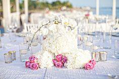 Planner: Angela Proffitt Venue: Four Seasons Resort, Nevis Photographer: Joy Marie Photography