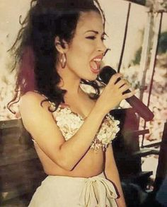 Queen, selena quintanilla, and Reyna image