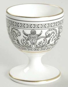 Wedgwood Florentine Black Outlined Dragons Single Egg Cup, Fine China Dinnerware