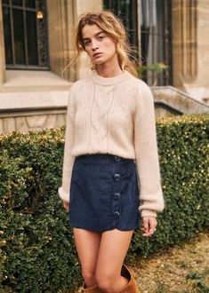 S zane - Serena Jumper Mode Purple, Short Skirts, Mini Skirts, Jupe Short, Urban Chic, Classy Outfits, Formal Outfits, Electric Blue, Pulls