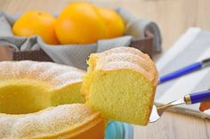 Orange water cake: light and easy recipe - JustCrunchy Sweet Recipes, Cake Recipes, Dessert Recipes, Desserts, Biscuit Dessert Recipe, Cake Storage, Bundt Cake Pan, Light Cakes, Gluten Free Cakes