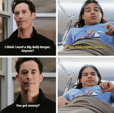 """The Reverse Flash Returns"" Cisco's face in the last panel is priceless 😂 Supergirl Dc, Supergirl And Flash, The Flash Quotes, Dc Memes, Marvel Memes, The Flashpoint, Flash Funny, Flash Wallpaper, Flash Barry Allen"