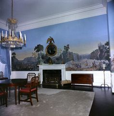 White House Rooms: Queens' Bedroom, President's Dining Room, West Wing Conference Room Scenic Wallpaper, Antique Wallpaper, Home Wallpaper, White House Rooms, Presidential Libraries, Private Dining Room, Wall Treatments, Historic Homes, Art And Architecture