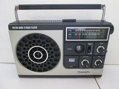 http://i.ebayimg.com/t/Panasonic-FM-AM-Portable-Radio-8-Track-Player-Rare-Vintage-Retro-/00/s/MTIwMFgxNjAw/z/oewAAMXQuTNTNUkA/$_57.JPG