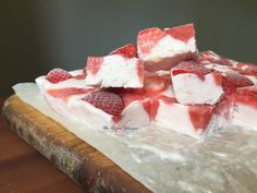 Frozen White Chocolate Strawberry Yogurt Bark11
