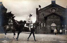 """Kaiserin Auguste Viktoria als Chefin des Kürassier Rgiment """"Königin"""""""