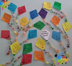 Accoglienza Aquiloni con caramelle Diy And Crafts, Crafts For Kids, Arts And Crafts, Paper Crafts, First Day School, Girl Scout Swap, Kindergarten Crafts, Art Party, Teaching Materials