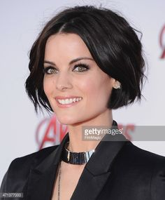 Actress Jaimie Alexander arrives at the Los Angeles Premiere Marvel's 'Avengers . - - Actress Jaimie Alexander arrives at the Los Angeles Premiere Marvel's 'Avengers Age Of Ultron' at Dolby Theatre on April 2015 in Hollywood, California. Jaimie Alexander, Pretty Hairstyles, Bob Hairstyles, Medium Hair Styles, Curly Hair Styles, Dark Short Hair Styles, Hair Today, Hair Dos, Short Hair Cuts