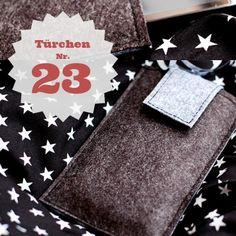 Handytasche Nähanleitung http://lillesolundpelle.blogspot.de/2012/12/21-turchen.html