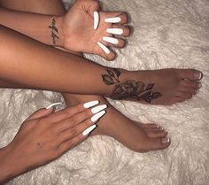 35 Cool Acrylic Coffin Nail Designs You Need to Copy Immediately - Nail Art Connect Dope Tattoos, Body Art Tattoos, Small Tattoos, Tatoos, Foot Tattoos For Women, Tattoos Skull, Foot Tattoos Girls, Side Wrist Tattoos, Piercing Tattoo