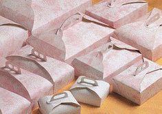 Scatole rettangolari, porta paste, scatole quadrate ce ne è per tutti i gusti e per tutte le richieste.