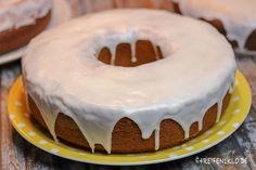 Zitronenkuchen aus dem Omnia-Backofen. Zitronenkuchen ist einer der beliebtesten Kuchen. Auch beim Camping lässt sich dieser Rührteig gut zubereiten!