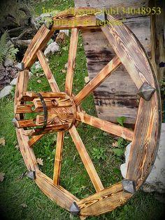 Люстра-колесо диаметром 54см. Возможно изготовление по Вашим размерам. Также можно выполнить люстру с различной обработкой древесины (состаренное дерево, окрашенное, без покраски) и с различной отделкой (джутовый канат, металлическая лента, без отделки). Цена от 1500руб. +79659296896