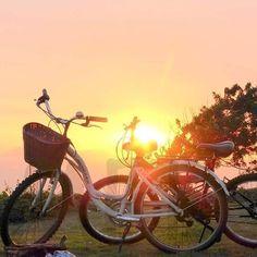 Las últimas visitas del cielo despejado en Lima. Adiós verano, nos vemos en 5 meses   #lima #sunset #llevameentubicicleta