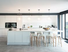 The semi-cubic house of Stéphanie, signed Demeures du Nord - Home Panel, House Extension Design, Small Kitchen Storage, Kitchen Pictures, Küchen Design, Home Interior Design, Home Kitchens, Home Remodeling, Kitchen Remodel