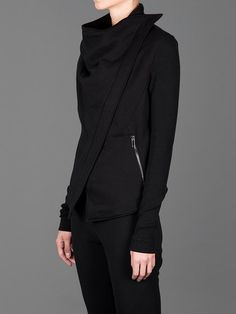 GARETH PUGH SWEAT JACKET WITH OFF CENTRE ZIP CLOSURE AND TWO ZIPPED POCKETS