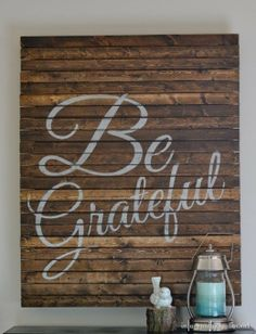 "DIY Thanksgiving ""Be Grateful"" pallet art"
