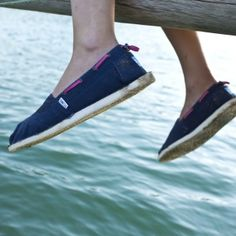 Our shoes can give you a foot is concise and comfortable, with the lowest price, highest quality in return for your shopping.god...SAVE 57% OFF!Only $19.69!See more about toms outlet shoes,toms classics shoes and cordones shoes.
