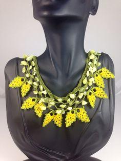 Handmade crochet necklace. To get more info send email to info@elizbijoux.com