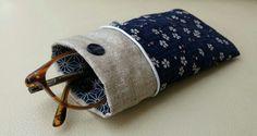 Etui lunettes tissu japonais sakura passepoil argenté et lin enduit : Etuis, mini sacs par justinfil