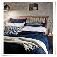 Murmur Still Navy Bed Linen - Navy