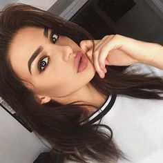 Find images and videos about makeup, eyebrows and simple on We Heart It - the app to get lost in what you love. Love Makeup, Makeup Looks, Makeup Tips, Beauty Make Up, Hair Beauty, Christmas Makeup, Just Girl Things, Makeup Designs, Skin Makeup