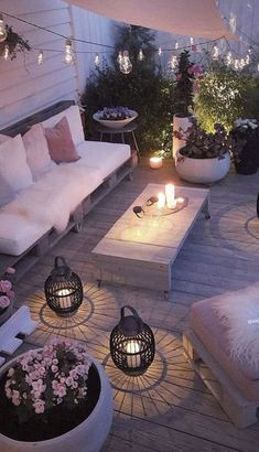 The Happiness of Having Yard Patios – Outdoor Patio Decor Outdoor Lounge, Outdoor Rooms, Outdoor Decor, Outdoor Seating, Garden Seating, Backyard Seating, Outdoor Ideas, Outdoor Pergola, Outdoor Tables