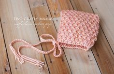 Newborn textured pixie hat by Two Crafty Mamas