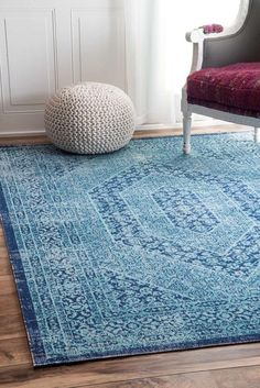 Take your home renovation project to the next level with the addition of this nuLOOM Vintage Freda Floral Garden Blue Area Rug. Contemporary Rugs, Modern Rugs, Blue Floor, Buy Rugs, Rugs Usa, Online Home Decor Stores, Online Shopping, Home Decor Outlet, Bohemian Decor