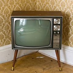 This looks very similar to the TV we had in the 60's when I was small boy, as we lived in the country, only two TV stations to choose from & was a b/w TV, how things have changed.