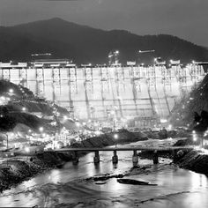 Fontana Dam Nearing Completion, 1944