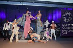 Die DUFTSTARS sind die wichtigste und höchste Auszeichnung der Kosmetikbranche in Österreich und wurden zum vierten Mal im Rahmen einer spektakulären Gala im Wiener MuseumsQuartier verliehen. Ursula Strauss, Giorgio Armani, Tom Ford, Star Wars, Girls, Lifestyle, Concert, Culture, Frame